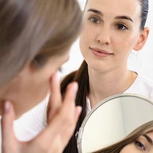 Skin analysis before facial treatment